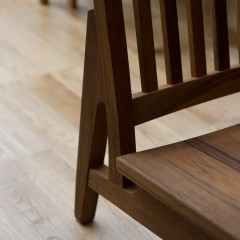 chair_kaeru-03-0282